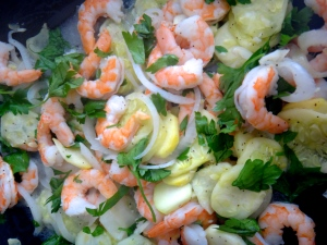 Lemon-garlic shrimp with zucchini vegetable medley