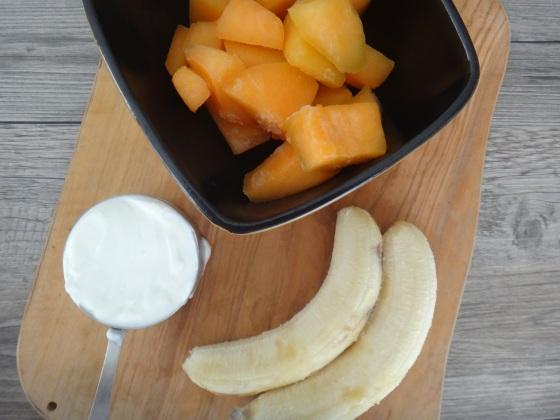 Cantaloupe-banana shake